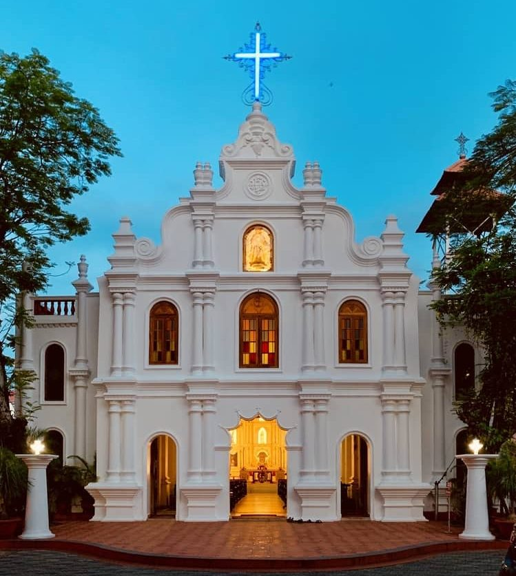 कोच्चि का फेमस टूरिस्ट प्लेस सेंट फ्रांसिस चर्च - Kochi Ka Famous Tourist Place St Francis Church In Hindi