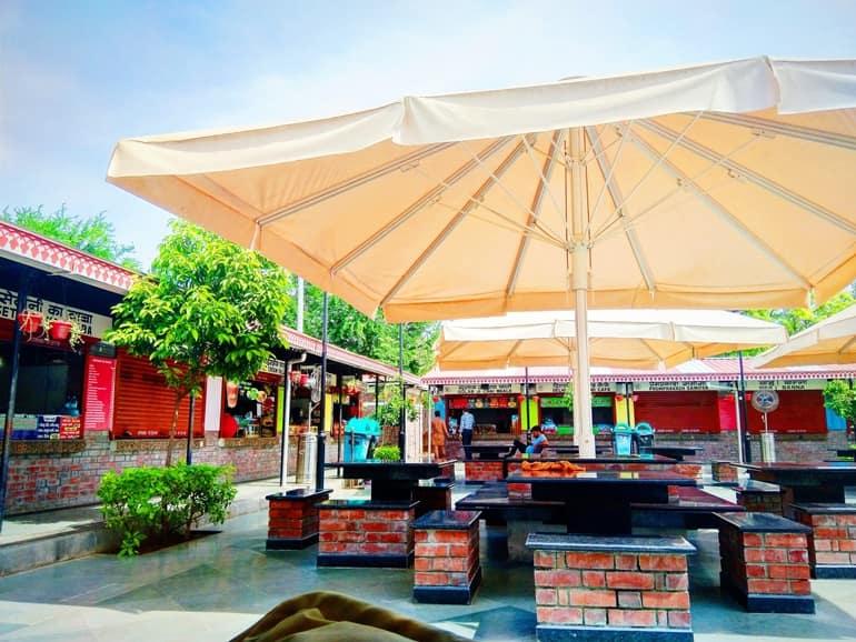 जयपुर के मसाला चौक के लोकप्रिय व्यंजनों की सूची