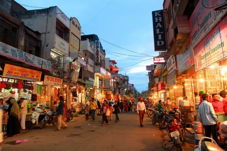 कोच्चि में ख़रीदारी की अच्छी जगह एम जी रोड कोच्चि – M G Road Best Shopping Place In Kochi In Hindi