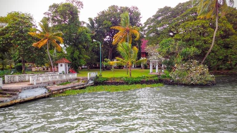 कोच्चि शहर सबसे लोकप्रिय स्थल मरीन ड्राइव - Kochi City Ka Sabse Lokpriya Sthan Marine Drive In Hindi