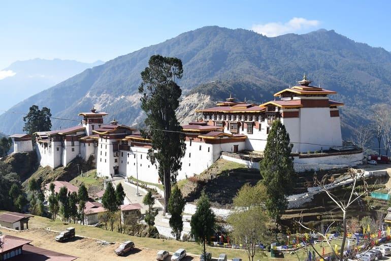 भूटान का सबसे आकर्षण स्थल पारो पर्यटन - Bhutan Ka Sabse Aakarshan Sthal Paro Tourism In Hindi