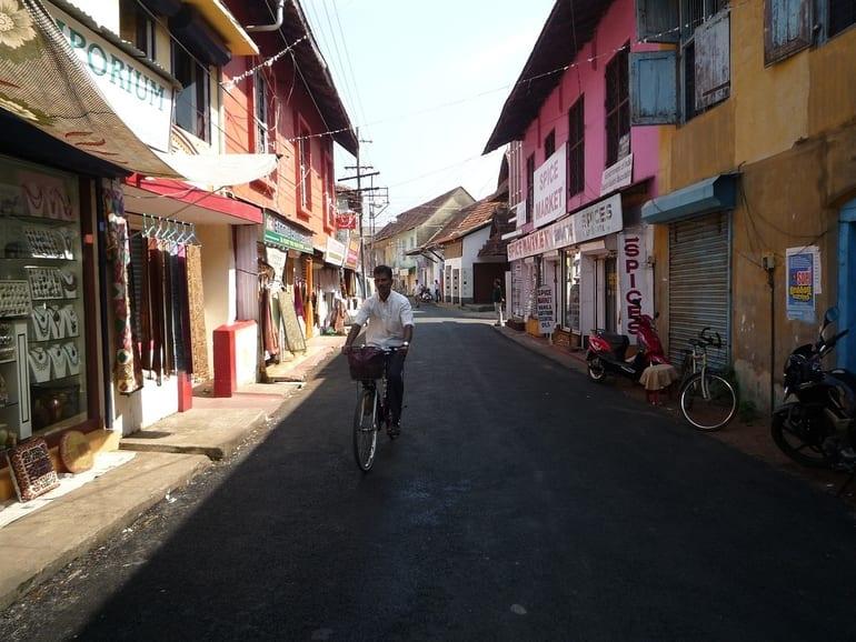 कोच्चि में घूमने की अच्छी जगह प्रिंस स्ट्रीट - Kochi Me Ghumne Ki Achi Jagah Princess Street In Hindi