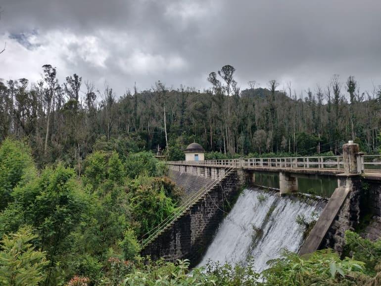 कुन्नूर का प्रमुख दर्शनीय स्थल रलिया बांध - Coonoor Ka Pramukh Darshaniya Sthal Rallia Dam In Hindi