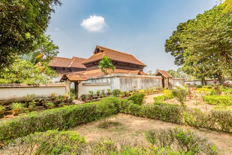 अल्लेप्पी का ऐतिहासिक स्थल कृष्णापुरम पैलेस - Alleppey Ka Aetihasik Sthal Krishnapuram Palace In Hindi