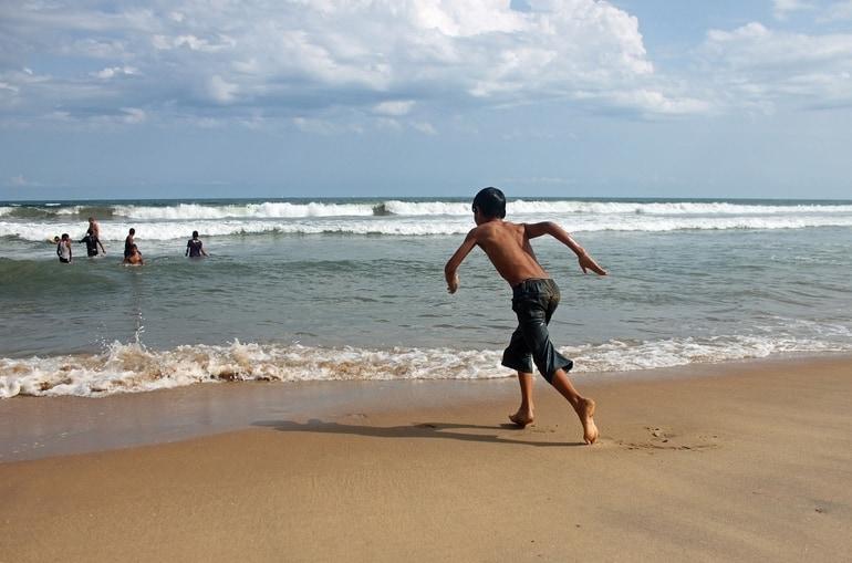 अल्लेप्पी का दर्शनीय स्थान पुननप्रा - Alleppey Ka Darshaniya Sthan Punnapra Beach In Hindi