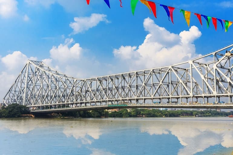 Howrah Bridge Interesting Facts In Hindi