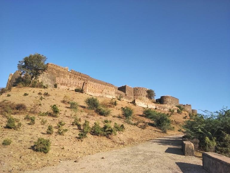 गुगोर दुर्ग खुलने और बंद होने का समय – Gugor Fort Timing In Hindi