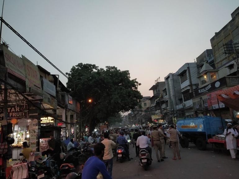 खारी बावली मार्किट दिल्ली जाने का सबसे अच्छा समय - Best Time To Visit Khari Baoli Bazaar Delhi in Hindi