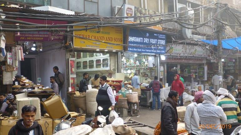खारी बावली मार्किट जाने के लिए टिप्स- Tips to visit Khari Baoli Bazaar in Hindi