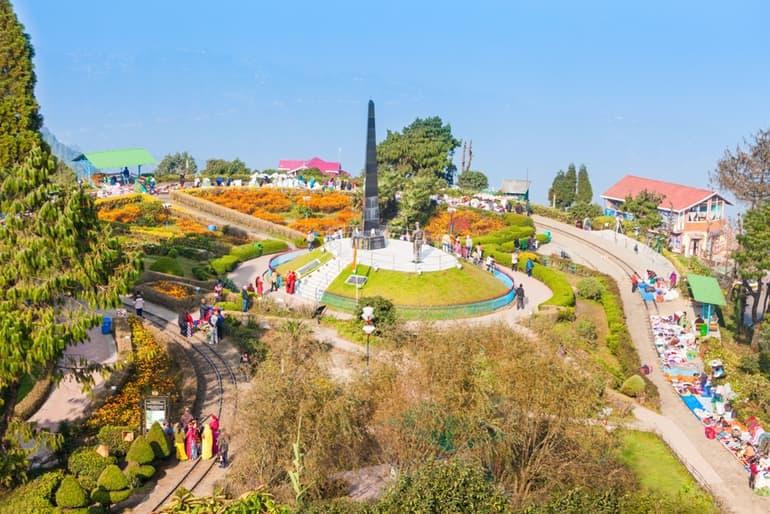 Attraction Inside Batasia Loop Darjeeling In Hindi