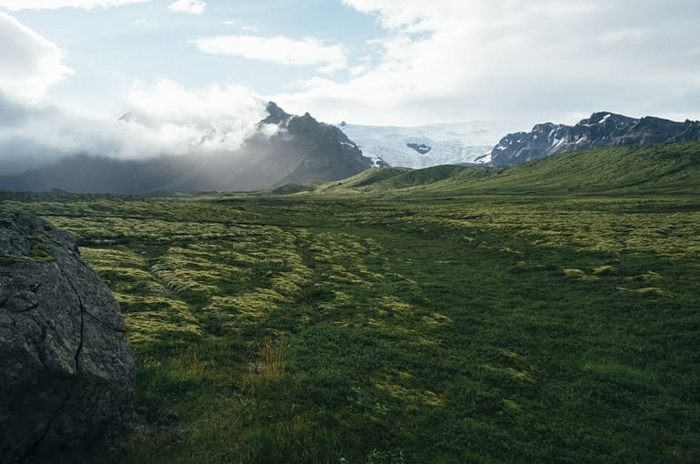 सोनमर्ग के प्रमुख पर्यटन स्थल थजीवास ग्लेशियर