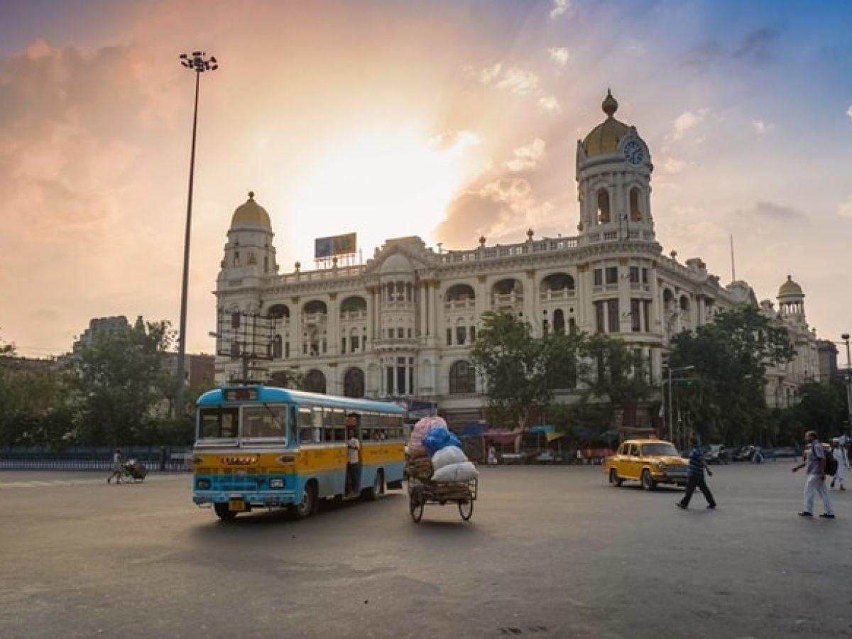 कोलकाता के टॉप 10 पर्यटन स्थल - Kolkata Ke 10 Famous Paryatan Sthal In Hindi