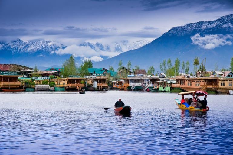 जम्मू कश्मीर के मशहूर पुलवामा टूरिस्ट प्लेस घूमने की जानकारी – Famous Pulwama Tourist Place in Jammu And Kashmir In Hindi