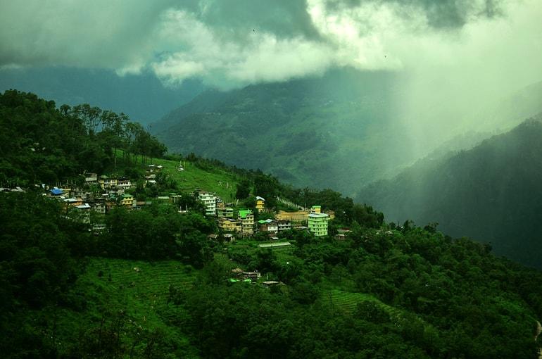 रवांगला और इसके पर्यटक स्थलों की जानकारी – Tourist places of Ravangala in Hindi